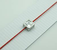 Обереги с цирконами, браслеты из красной нити в серебре 1169