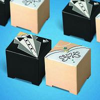 """Бонбоньерки в виде коробочек """"Жених и невеста"""", оригинальные коробочки для конфет"""