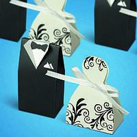 Бонбоньерки на свадьбу в виде жениха и невесты