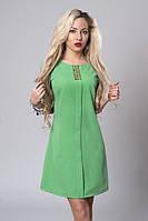 Стильное платье-трапеция хорошего качества зеленого цвета
