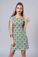 Коттоновое платье-трапеция с модным принтом