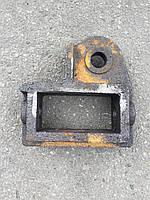Кронштейны вала навески плуга ПЛН-3-35 (с углоснимом) комплект