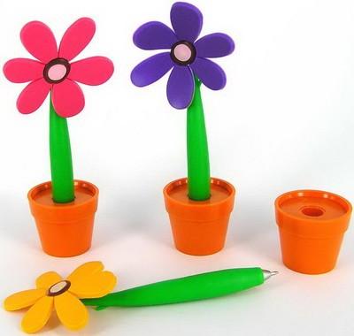 Шариковая ручка Цветочек