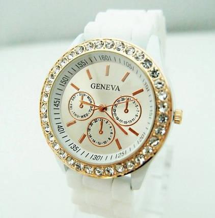 Часы женские GENEVA ЖЕНЕВА со стразами Белые, фото 2