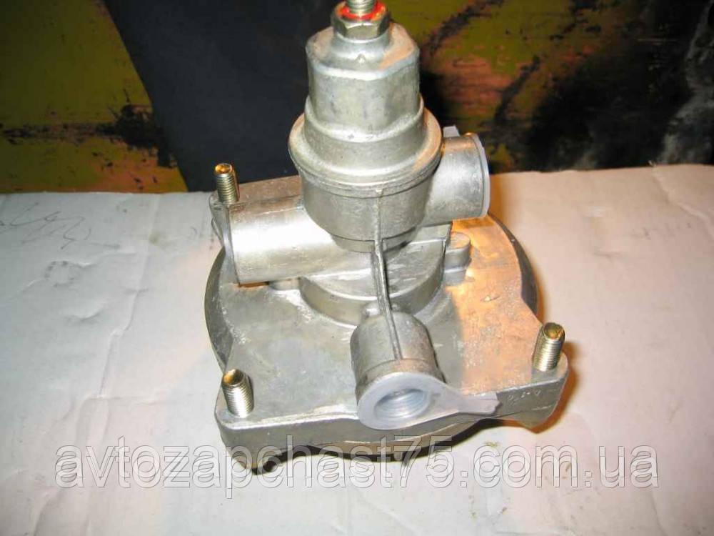 Клапан управления тормозами  с 1-проводным приводом Камаз производство РААЗ
