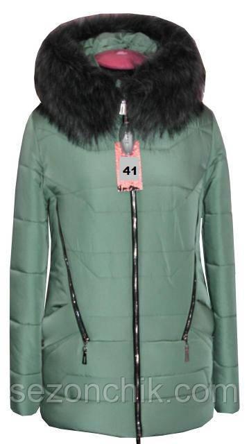Короткая женская куртка зимняя