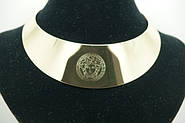 Долгожданные металлические колье оптом, с логотипами Versace и Chanel