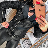 Куртка женская черная  с застежкой на горло