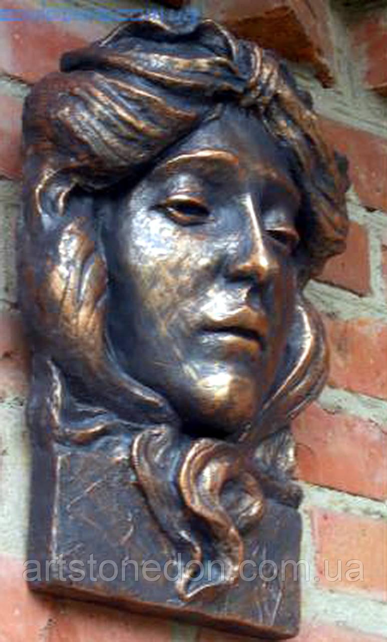 Барельеф. Маскарон богиня Веста Хранительница очага из бетона