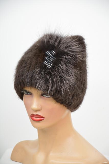 Женские шапки на вязаной основе из меха ондатры