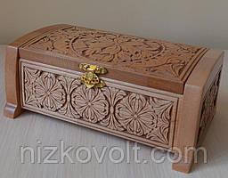 """Різьблена шкатулка """"Скринька"""" - подарунок жінці (250x170x170)"""