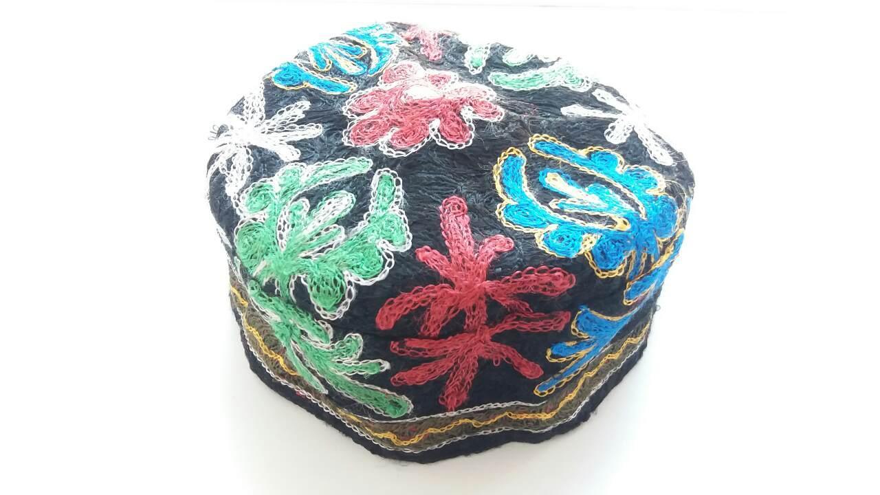 Узбекская тюбетейка. Самарканд/Узбекистан