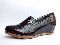 Шоколадные Стильные женские туфли на танкетке 36-41 р.