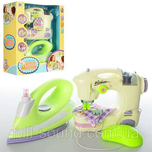 Набор швейная машина и утюг little master