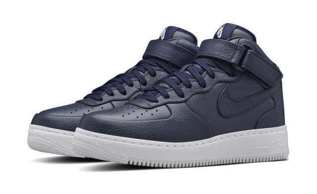 Nike Air Force кроссовки женские