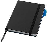 Блокнот с синим разделителем страниц