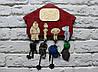 Ключница с брелками: Гриффины, красная (на 4 брелка )