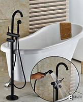 Смеситель для ванны напольный Y02 Черный