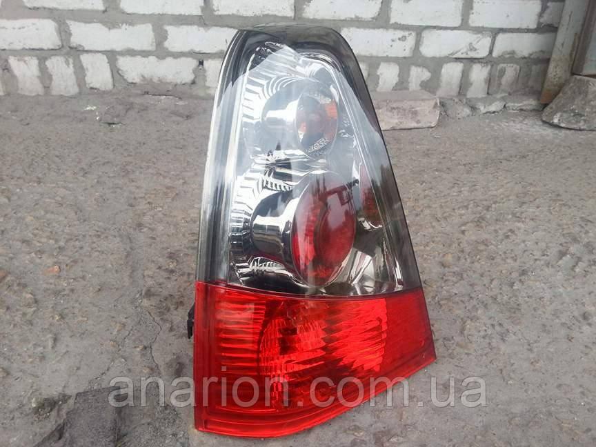 Задние фонари на Dacia (Logan) хром.