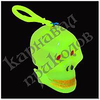 Череп трещетка светонакопительный (зеленый)