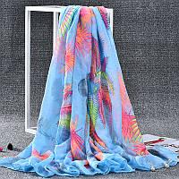 Стильный легкий женский шарф с ярким принтом голубого цвета