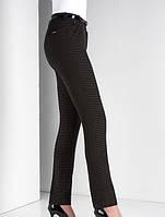 Классические женские брюки коричневого цвета со стрелками и ремешком