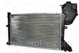 Радиатор охлаждения на MB Sprinter Cdi 2000-2006 — Autotechteile — Att5035