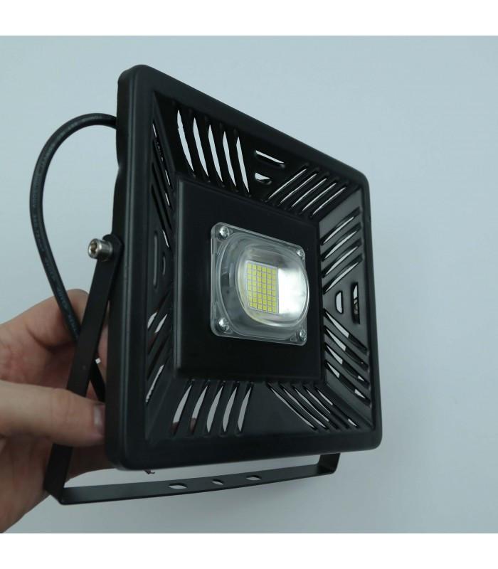 Светодиодный прожектор 50W SLIM AIR 6400K