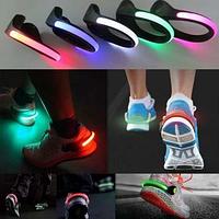 Светящиеся клипсы на кроссовки