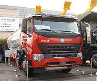 Автоцистерна SINOTRUK HOWO A7 8×4 OIL TANK TRUCK под топливо, мазут, нефть