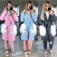 Демисезонное женское пальто с мехом на карманах в расцветках h-2102112