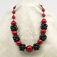 Ожерелье из дерева красно-черное 18.01.012