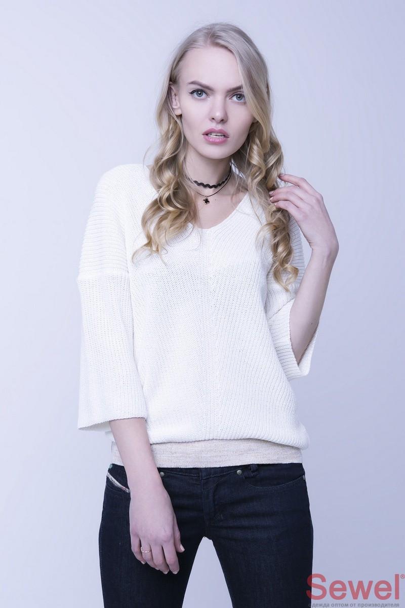 Белый женский джемпер, свитер