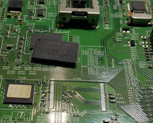 Прошивка пам'яті NAND, EMMC