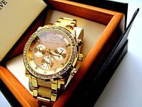 Женские часы под золото в стразах