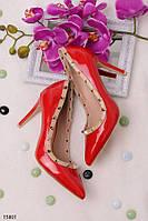 Женские лаковые туфли красные с заклепками эко лак каблук 10,5 см