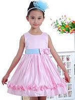 Детское розовое платье с голубым бантом