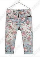 Детские джинсы для девочки с цветочным принтом
