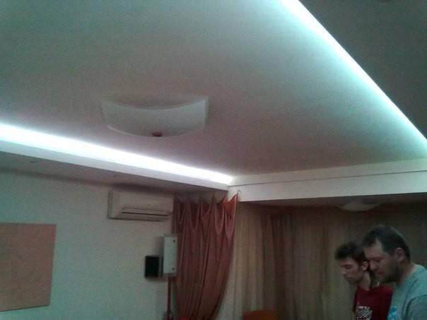 Светодиодная подсветка потолка квартиры