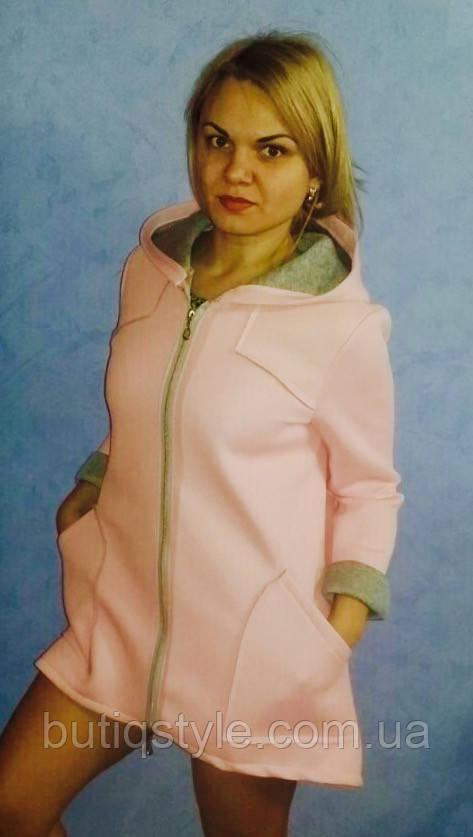 Женское красивое короткое пальто на молнии с капюшоном