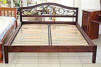 Кровать деревянная с ковкой
