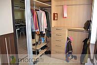 Гардеробная комната в прихожей, фото 1
