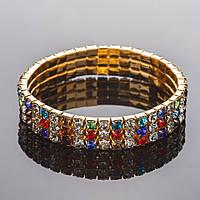 Браслет стразовый золотистый на резинке три ряда цветной