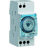 Таймер аналоговий суточный 110-230В 16А 1 переключаемый контакт без резерва хода 2м