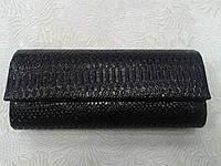 Женский клатч черный с тиснением под рептилию (Турция)
