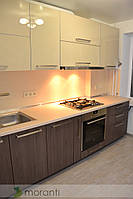 Кухня на заказ ДСП и крашеное стекло серии Глосс