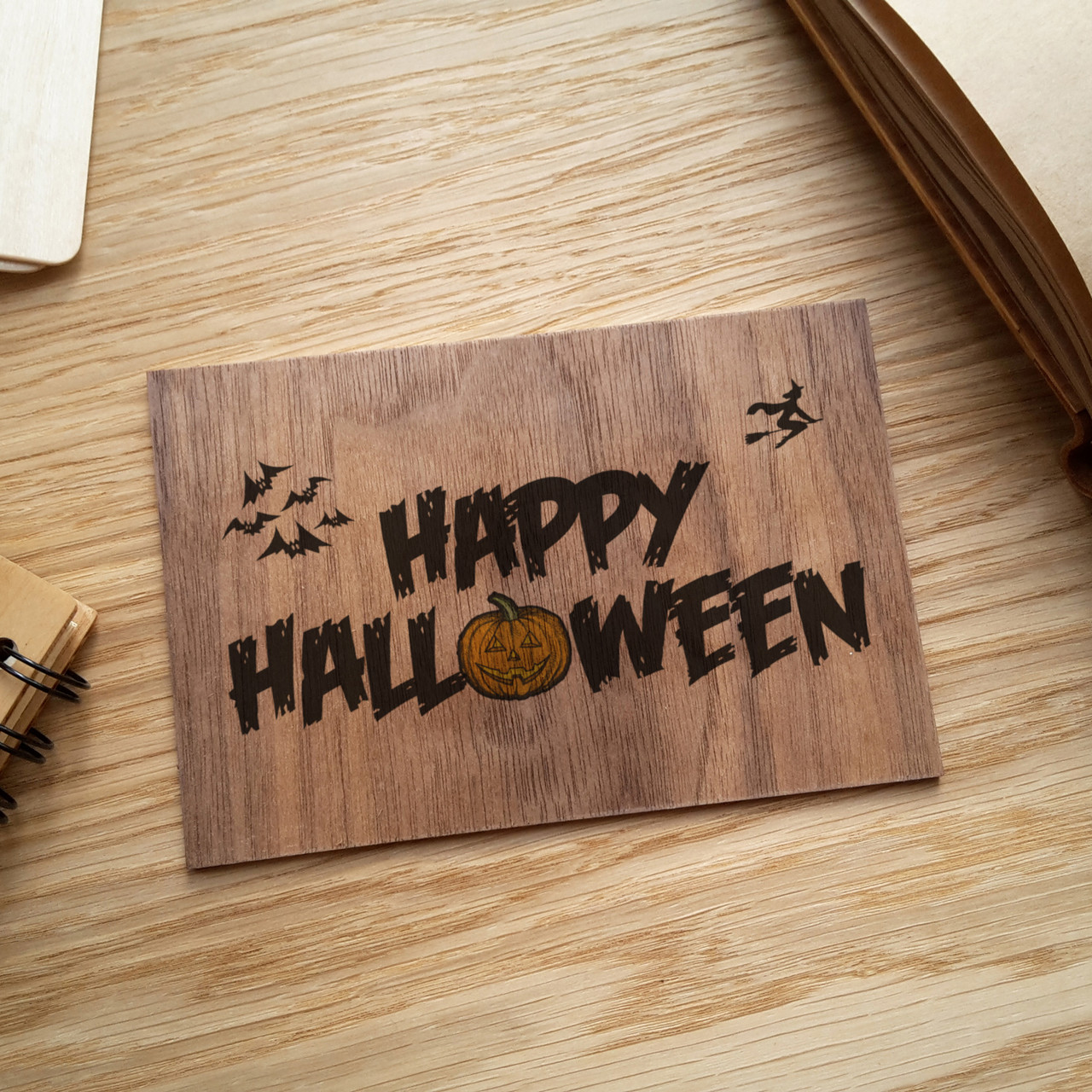 """Деревянная открытка """"Happy Halloween"""""""