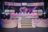 Оформление свадьбы цветами, украшение зала тканями, свадебное оформление декорациями