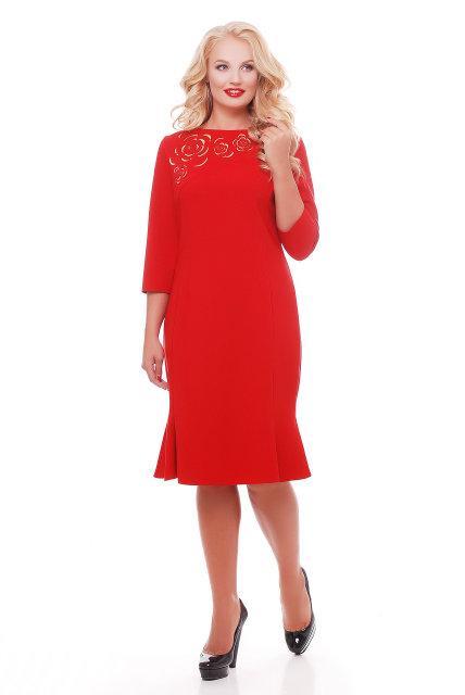 Женское модное платье с перфорацией Анюта цвет красный размер 52-58 / большие размеры