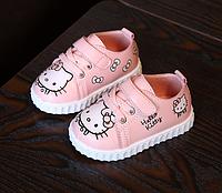 Стильні кросівки для найменших красунь